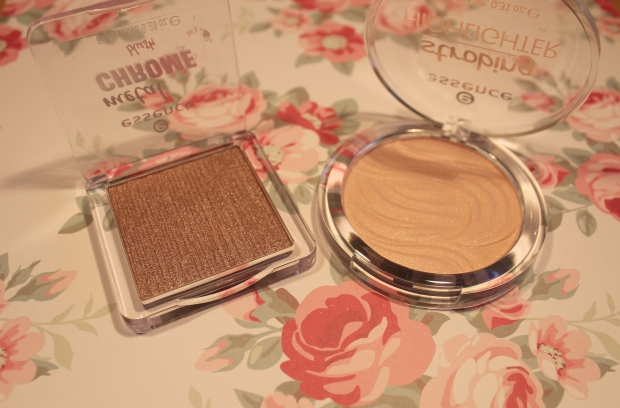 essence chrome blush en strobing highlighter